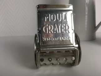 1017 Mouli Grater