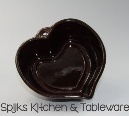 Scheurich bruine aardewerken puddingvorm in vorm hart   Spijks Vintage Kitchen & Tableware