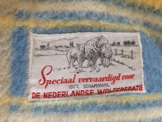 De Nederlandse Wol Federatie wollen deken geel pastel geel en blauw | Spijks Vintage Kitchen & Tableware