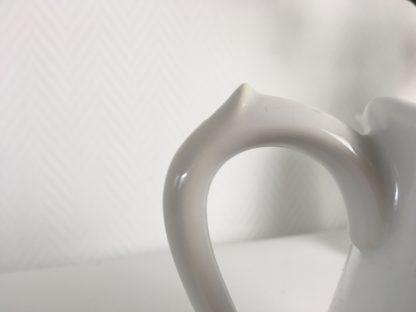 1031 aardewerk wit kan melk iliter (1)
